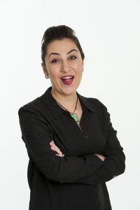 Tami Shahnawaz is a therapist that enjoys laughter and life.
